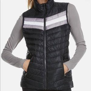 Fabletics lightweight vest